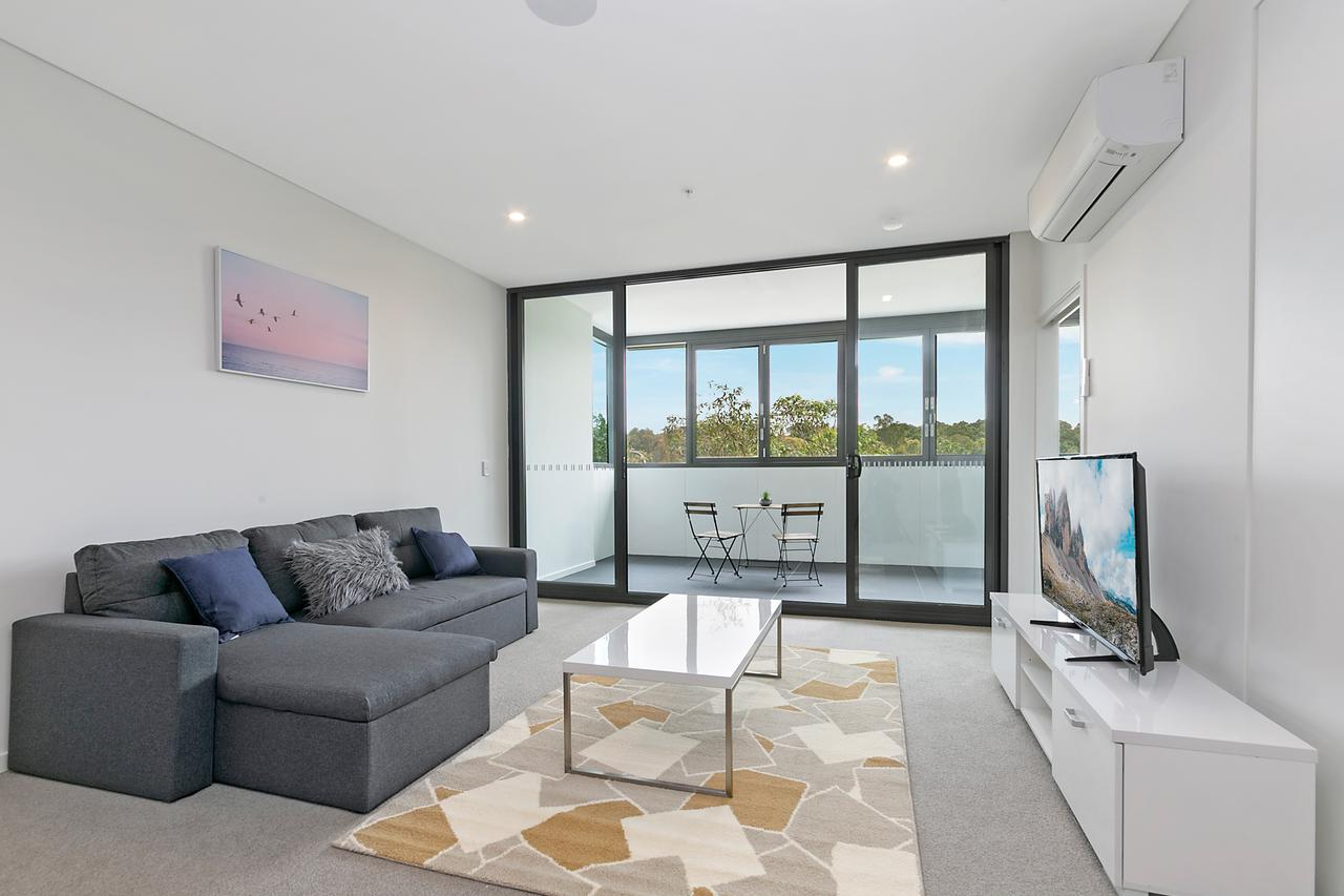 Stylish and Neat two bed apartment in Wentworth Point - Broome Tourism