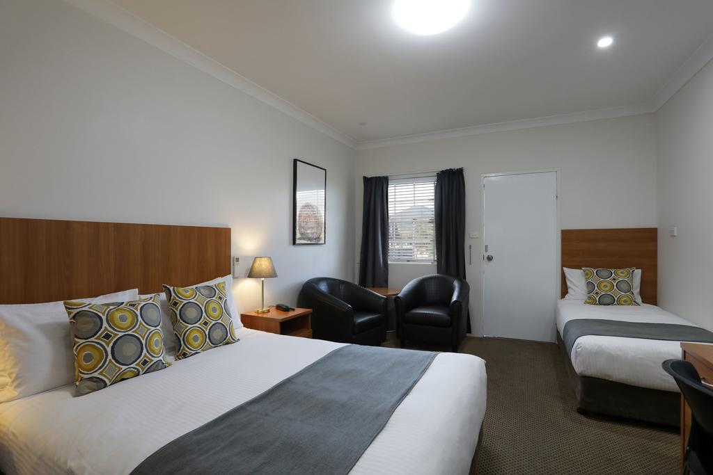Cadman Motor Inn and Apartments - Broome Tourism
