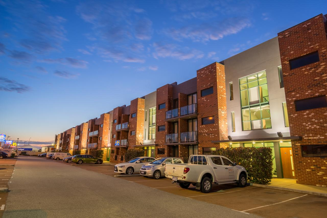 Perth Ascot Central Apartment Hotel - Broome Tourism