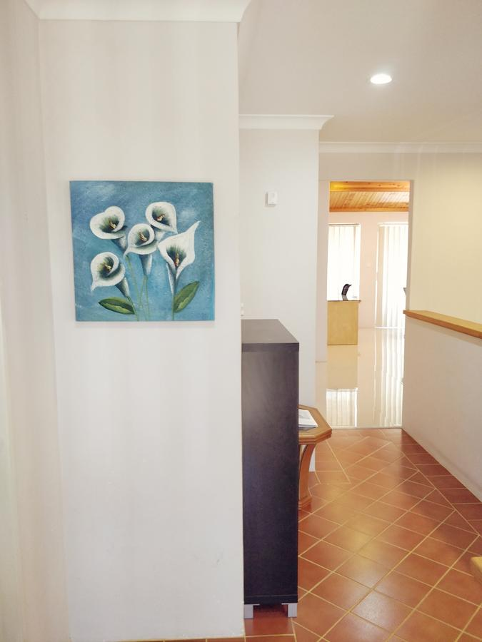 Cosy easy access home near Perth CBD and Fremantle - Broome Tourism