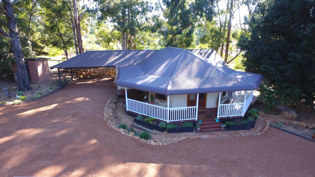 Quiet Escapes Cottages - Broome Tourism