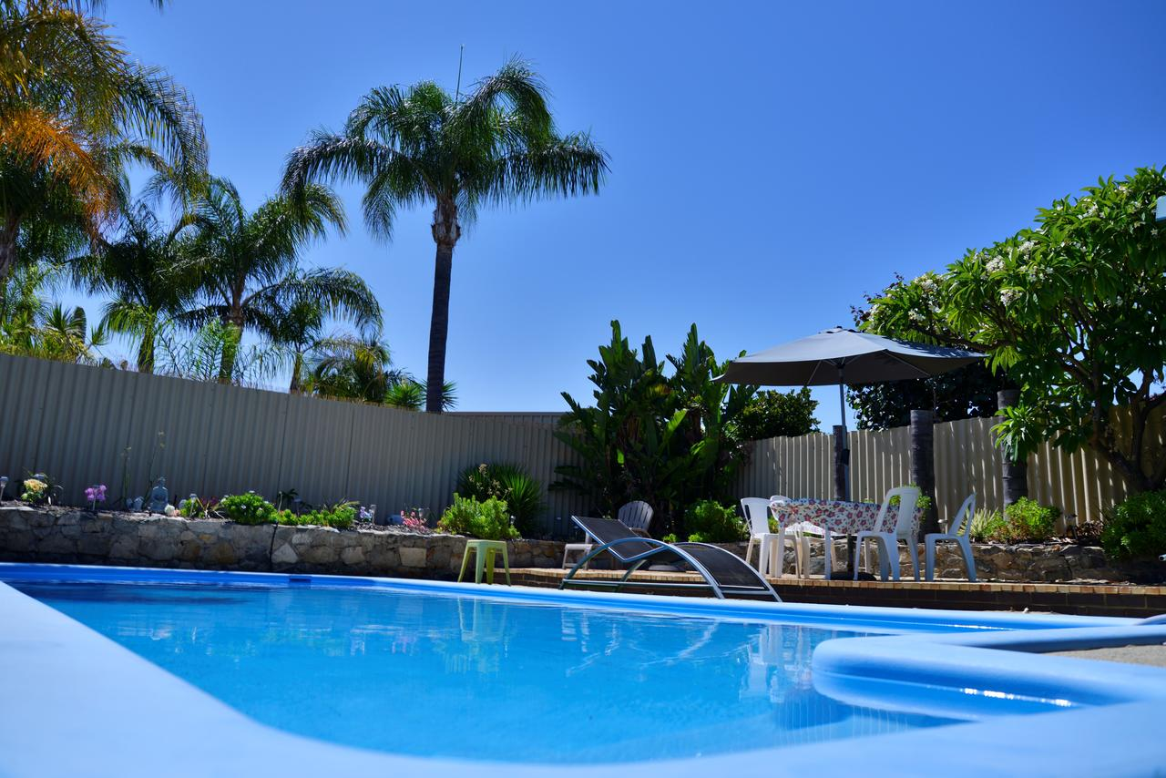 Palms Bed  Breakfast - Broome Tourism