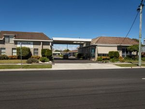 Barclay Motor Inn - Broome Tourism