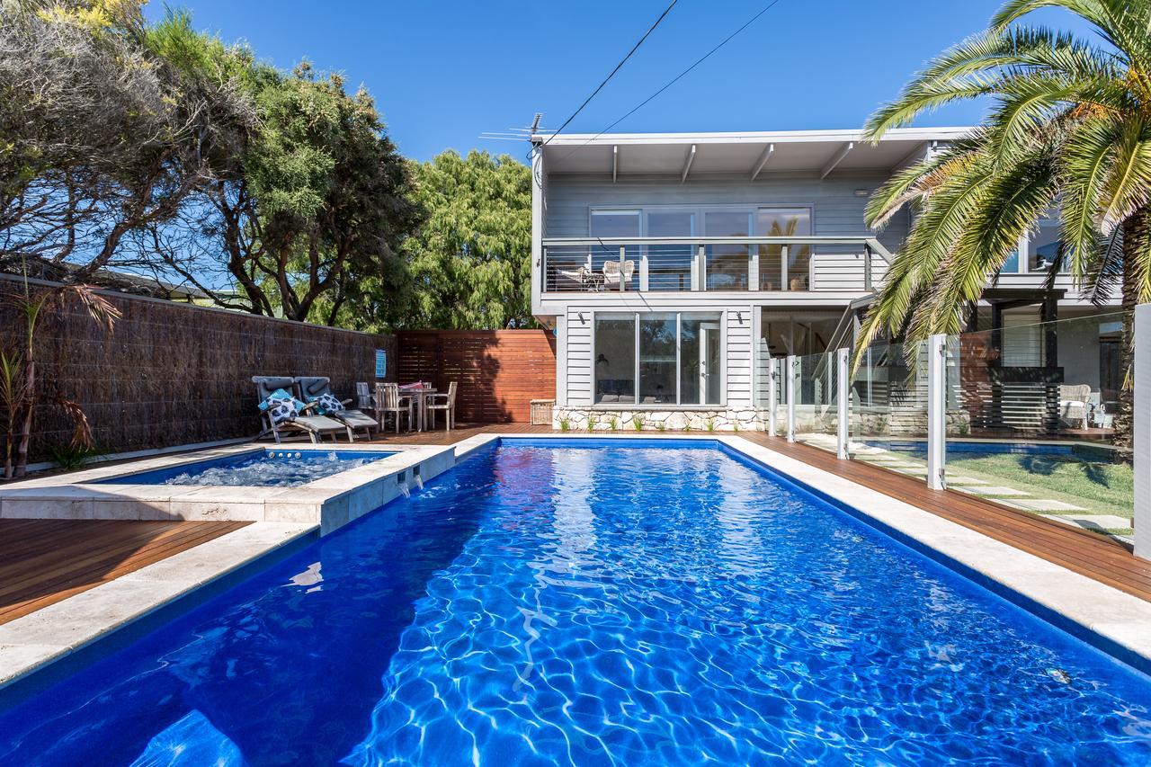 Front Beach House - Broome Tourism