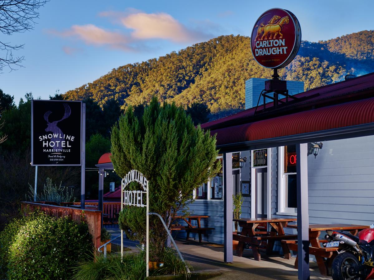 The Harrietville Snowline Hotel - Broome Tourism
