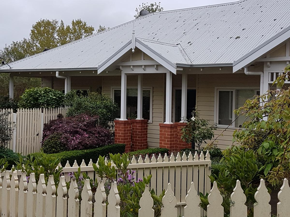 Healesville House - Fig Tree House - Broome Tourism