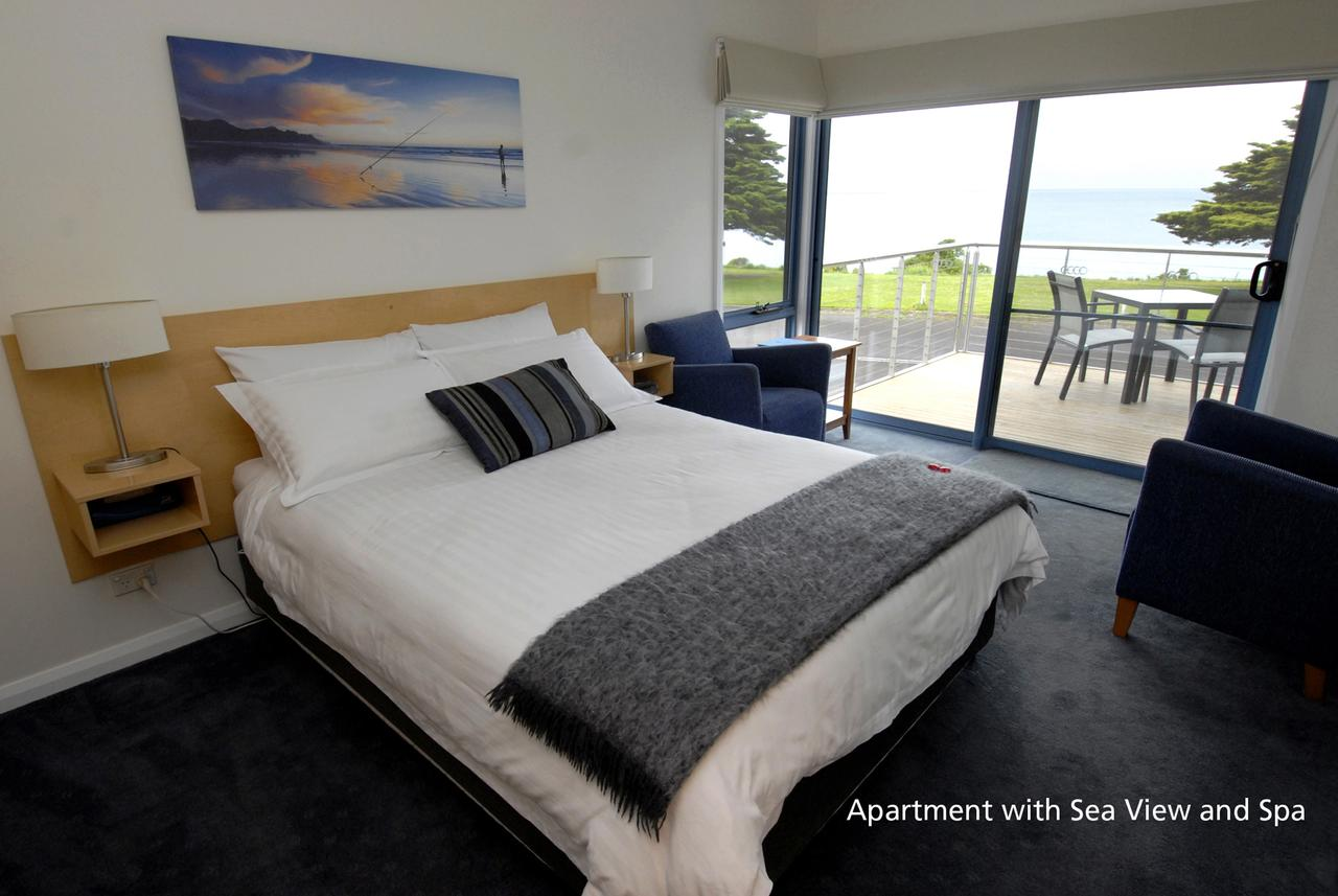 Seascape Accommodation - Broome Tourism