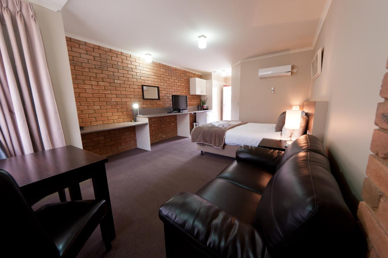 National Hotel Complex Bendigo - Broome Tourism