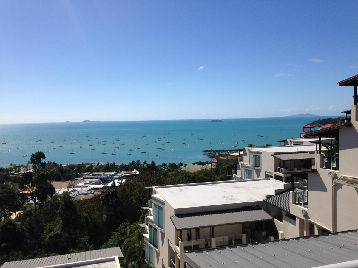 Whitsunday Reflections - Broome Tourism