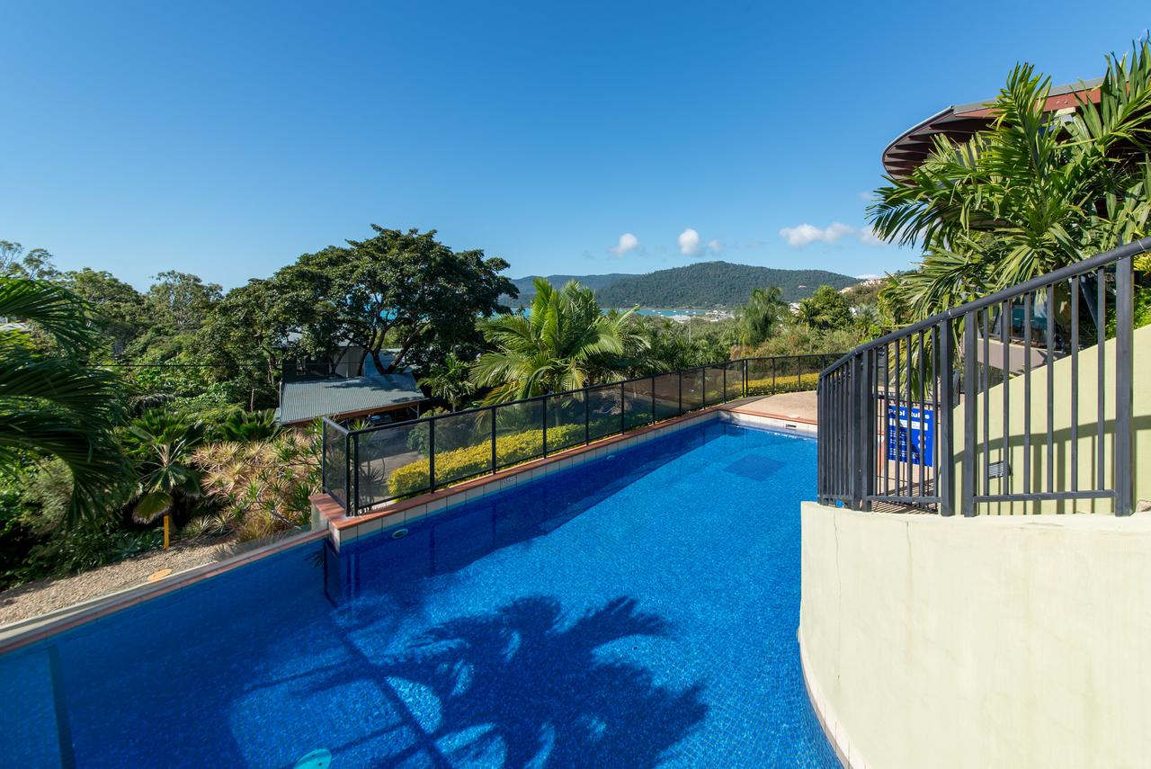 Paradise Penthouse at Waves - Airlie Beach - Broome Tourism