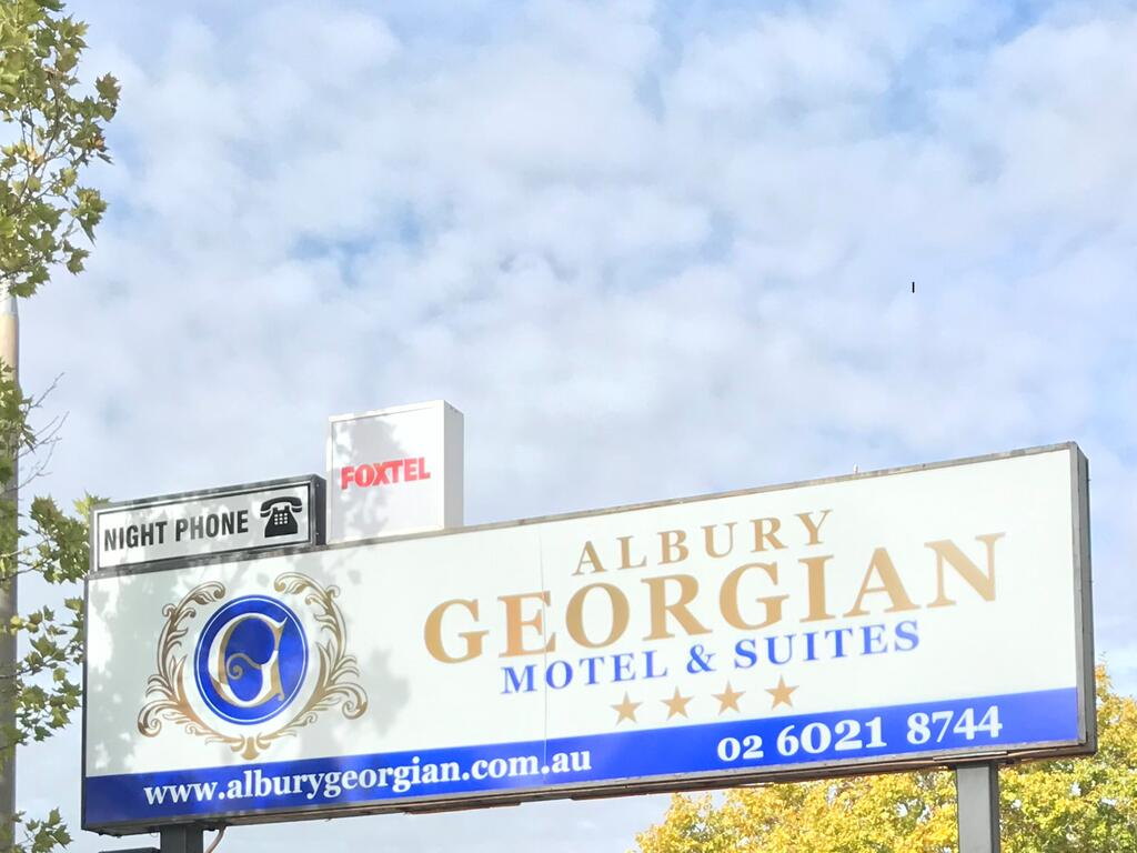 Albury Georgian Motel  Suites - Broome Tourism