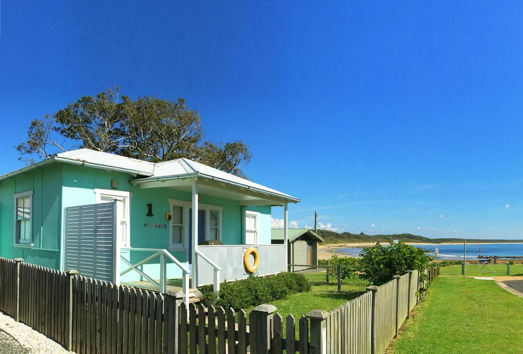 Aurora Beachfront Cottage - Broome Tourism